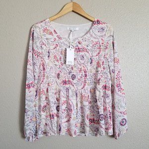 ✨ NWT Rose & Olive floral print blouse✨